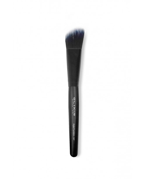 Angled Foundation Brush 507